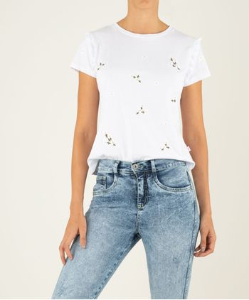 Camiseta-Manga-Corta-Bordado-Flores-11125914-Blanco_1