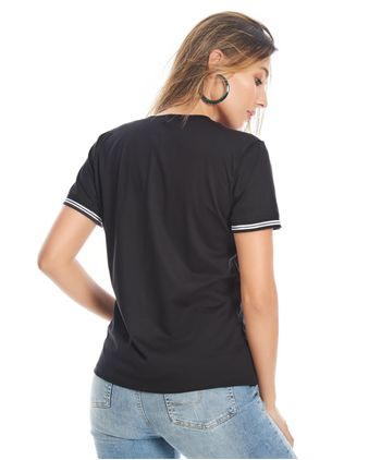 camiseta-con-detalles-11154814-negro_2