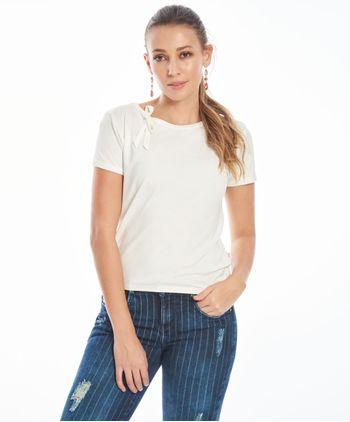 Camiseta-con-amarre-11144914-marfil_1